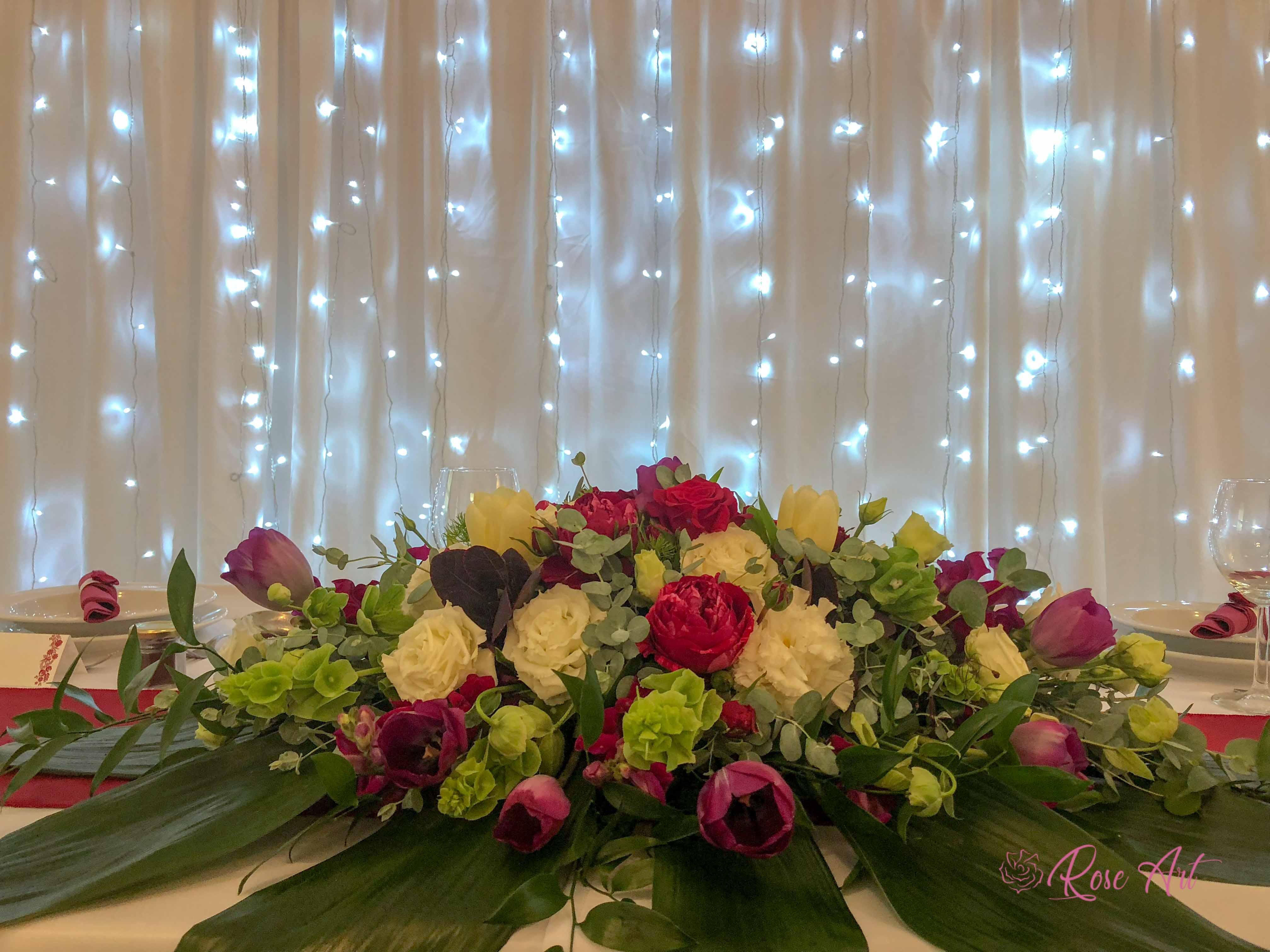 RoseArt Esküvő Klasszikus Bordó Körasztal Székszoknya Masni Szalvétadísz